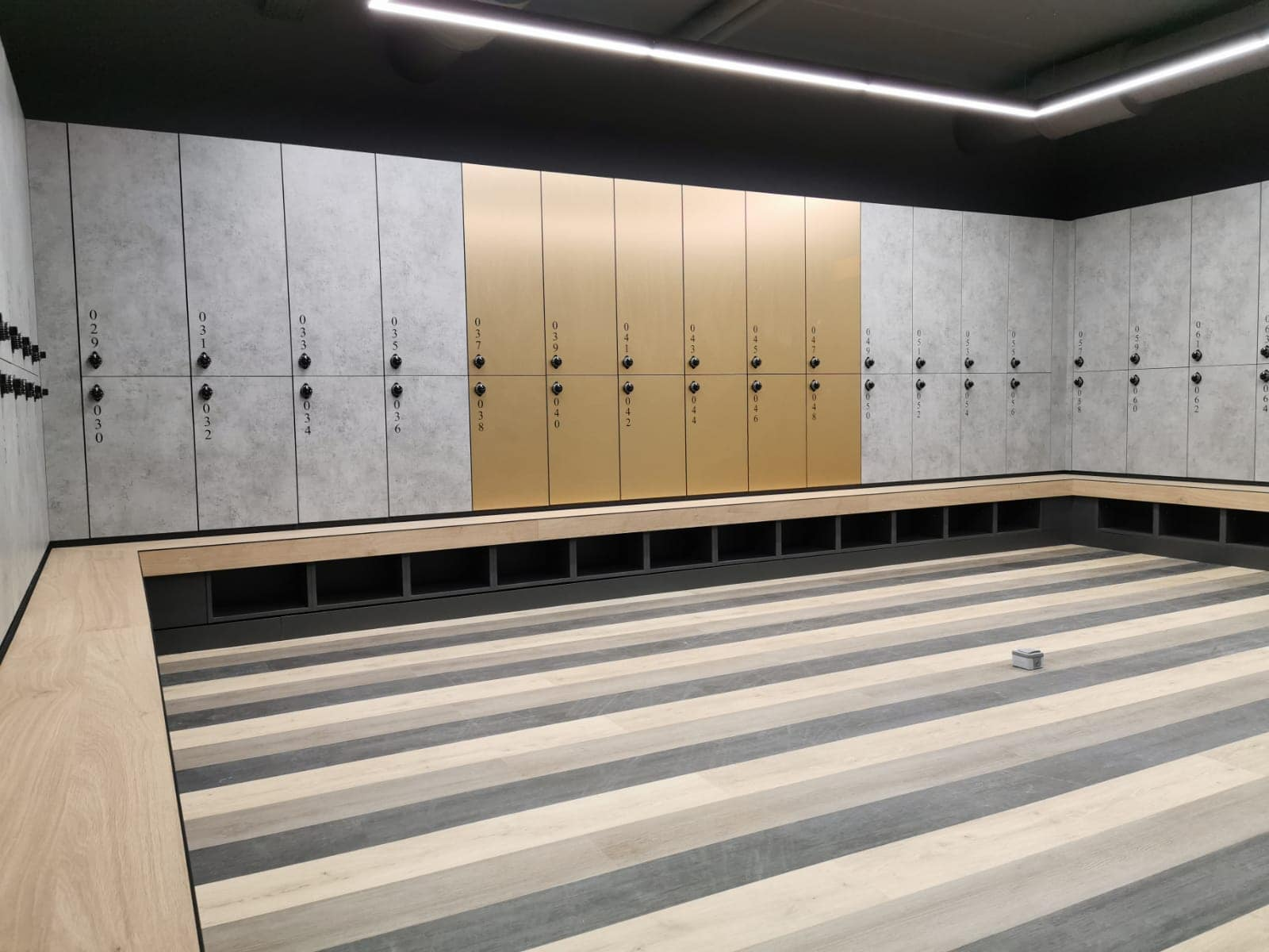 locker room lockers with bench